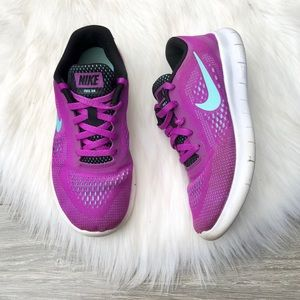 Nike • FREE RN kids Girls School Sneakers Running